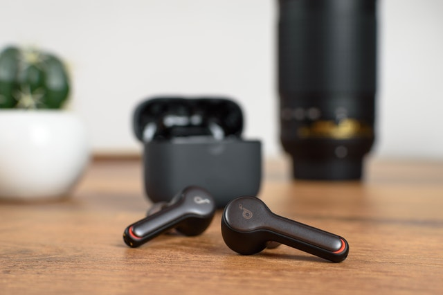 Top 10 Best Budget Wireless Earbuds Under Rs.1000
