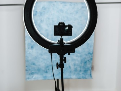 Top 5 Best Tripods With Ring Light In India 2021